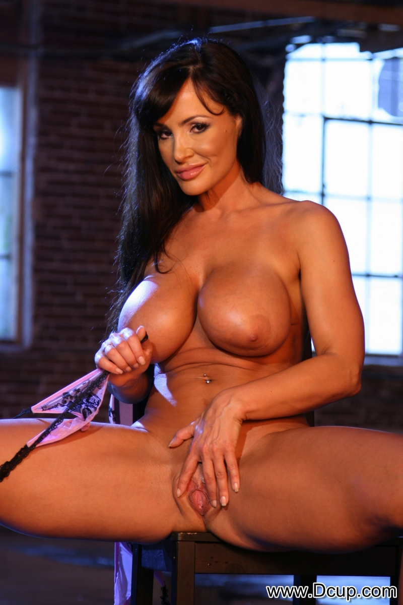 Lisa Ann Big Boobs Naked