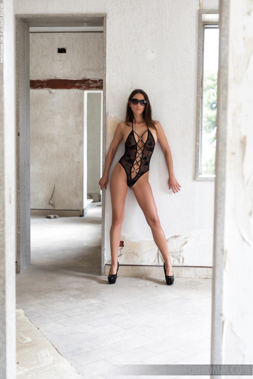 Savannah Big Boobs Black Swimsuit and High Heels