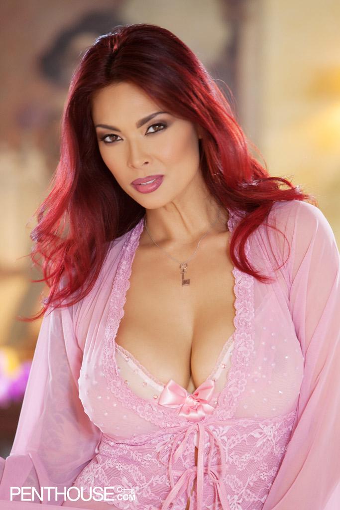 Tera Patrick Big Boobs in Pink Silk Robe